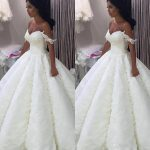 2018 New African Ball Gown Wedding Dresses Sweetheart Full Lace Appliques  Beaded Off Shoulder Puffy Vestido Plus Size Formal Bridal Gowns Wedding  Dresses