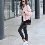 Federica L. wears the bomber jacket in a pretty shade of pale pink,  capturing casual and feminine vibes in her every day outfit.