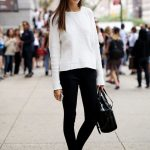 30 Comfy and Chic Fall Outfit Ideas To Inspire You (12)
