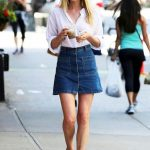 spring / summer - street style - beach outfits - summer outfits - easy  outfits - denim a-line skirt + nude flat sandals + white shirt + brown  round