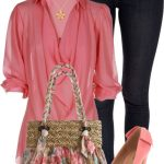 Fashion Ideas For Women Over 40 (29)