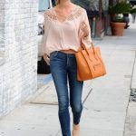 skinny jeans with peasant blouse