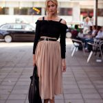 My Favorite Ways To Wear A Pleated Skirt This Summer (8)