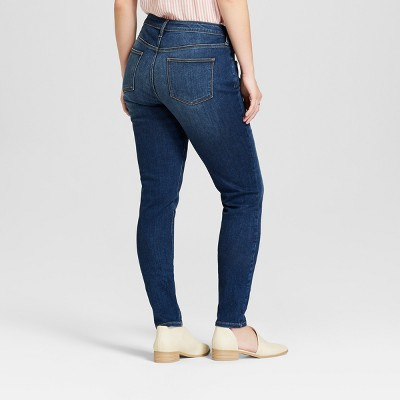 Jeans For Curvy Women