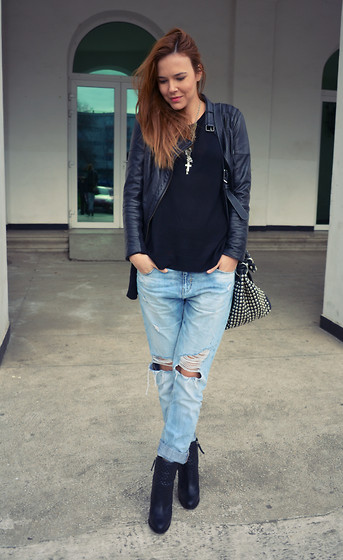 Leather Jackets With Boyfriend Jeans