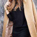 Peekaboo Lace Street Style (7)