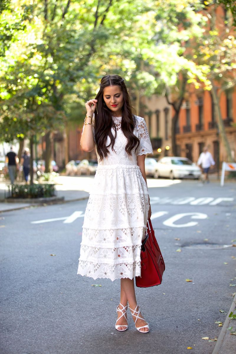 What Shoes To Wear With A Lace Dress 2019