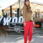 red pants, nude shoes Rote Jeans, Red Chinos, Bright Pants, Coral Pants