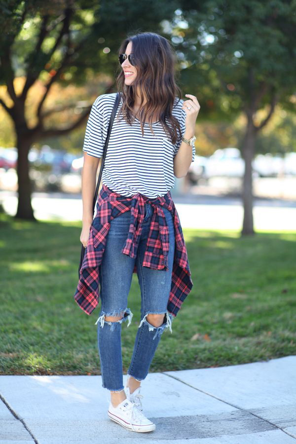 How To Wear Striped Shirts For Summer (3)