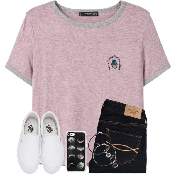 Stylish Tees: Best Combinations To Try On This Year 2019