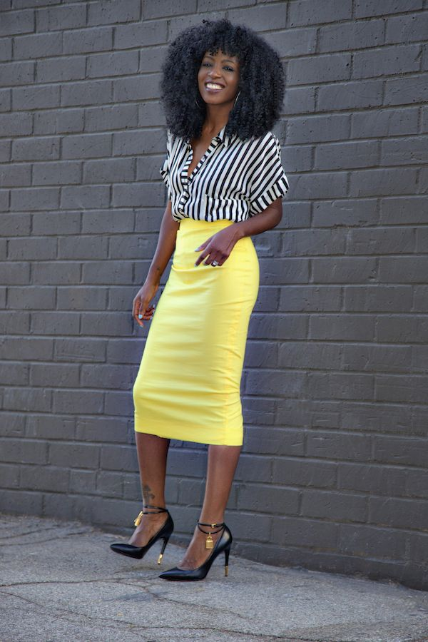 Striped shirt x Pencil Skirt