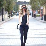 Warm Fall Days Street Style Inspiration (17)
