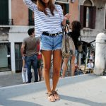 10 Trendy Ideas How To Wear Denim Cut Off Shorts (3)