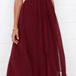 Long dress. Flow. Waist. Neck line. Bare shoulders.