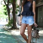 simple casual outfit buckled boots and denim shorts