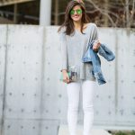 winter white jeans outfit, white jeans and grey sweater, white jeans and  denim jacket
