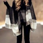 Popular Winter Outfit Ideas For Women 33