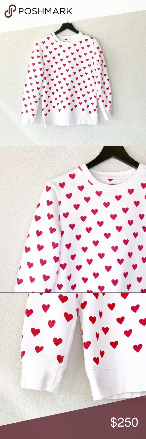 ▪️Burberry▪️Heart print cotton sweatshirt Burberry Heart print cotton sw…