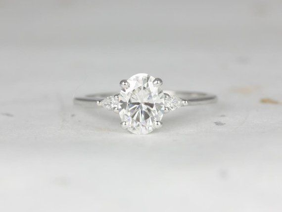 1.50cts Petite Emery 8x6mm 14kt White Gold Forever One Moissanite Diamond Pear 3 Stone Dainty Oval Engagement Ring,Rosados Box