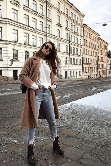 10 Simple Wardrobe Essentials For Women Minimal Classic Street Styles .