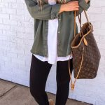 11 Casual Fall Outfits To Copy This Year - FriendWishes