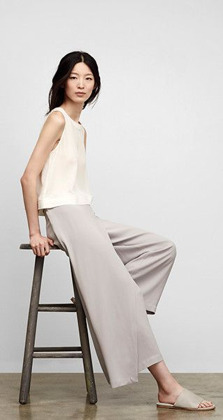 14 Minimalist Outfits For Summer-Minimal Fashion Style Tips