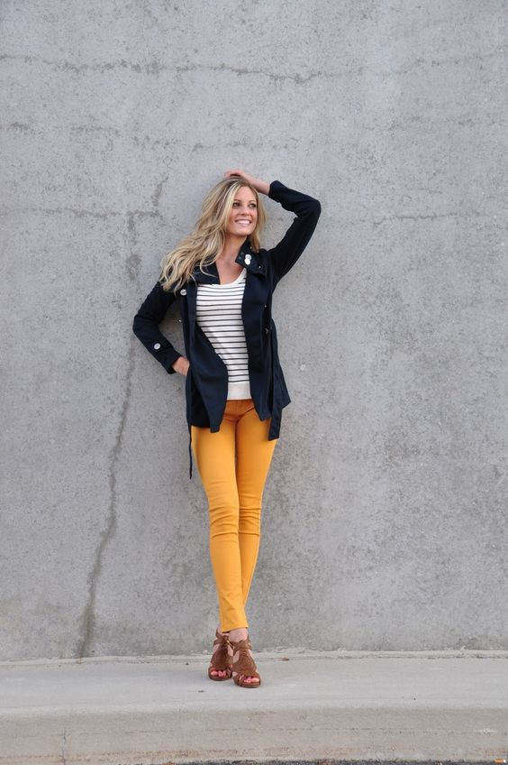 15 Easy Ways to Wear Mustard Pants