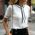 50+ Comfy Blouse And Pants Work Outfits Ideas 35