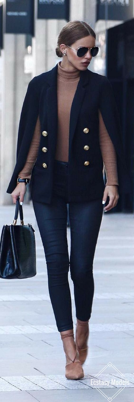 How to wear a cape outfit this fall -15 looks you can copy
