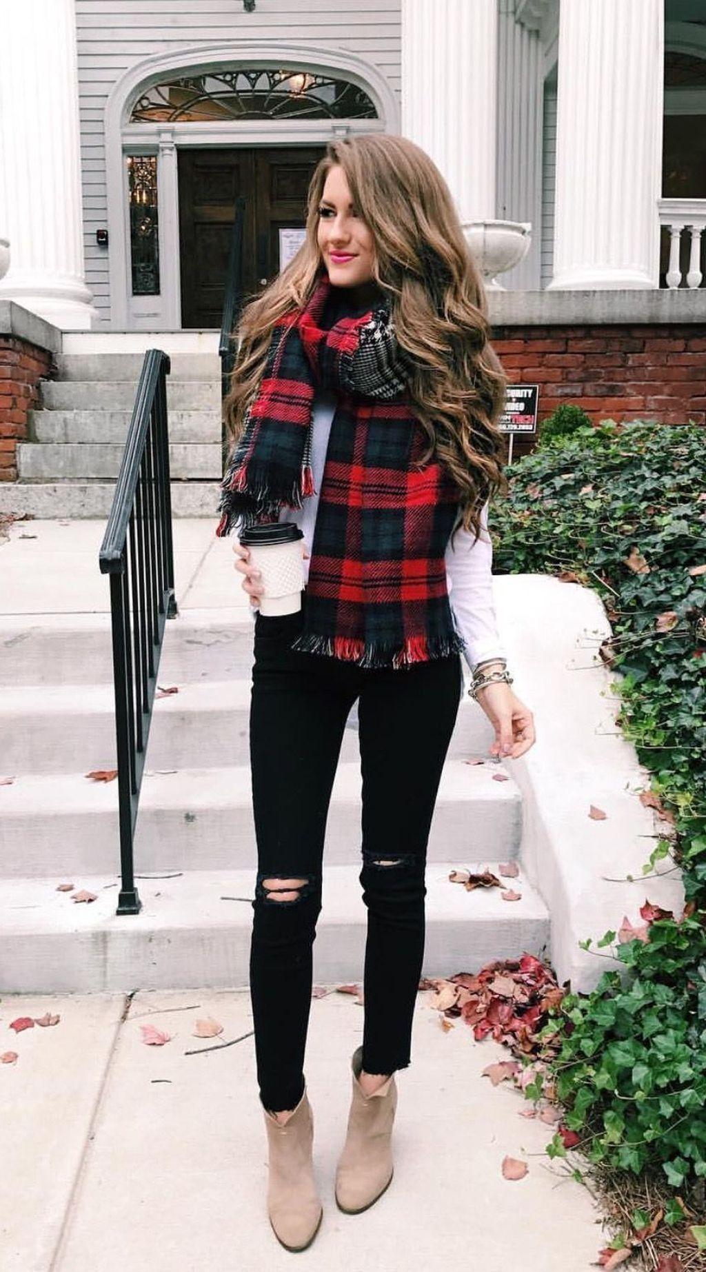 43 Modern Fun Christmas Jumper Outfits Ideas For Women