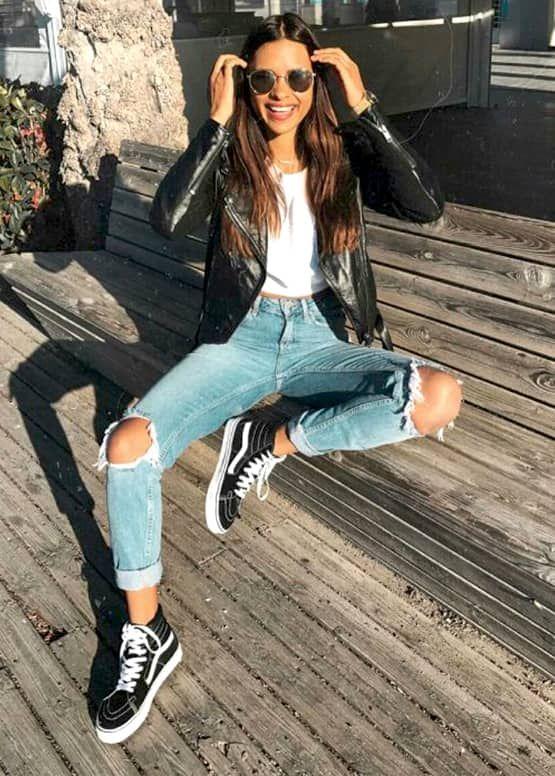 How To Wear Boyfriend Jeans: 12 Styling Ideas