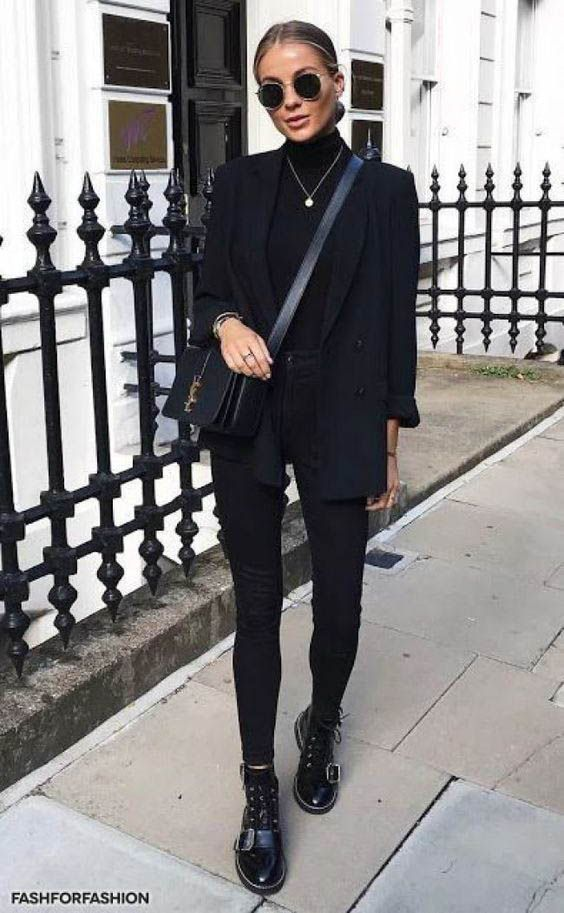 Timeless Black and White Outfits