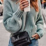 50 Trendy And Comfortable Winter Sweater Outfit Ideas You Should Copy Right Now - Page 14 of 50