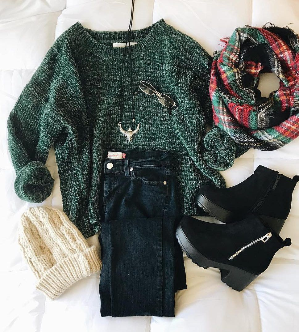 STREET STYLE WAYS TO WEAR A FALL SWEATER NOW 2019