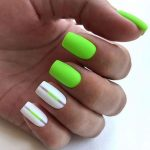 32 Bright and Cute Summer Nails to Update Your Daily Look