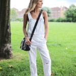 17 Ways To Wear White Overalls: Lucy Williams // cross body bag & Birkenstock sa...