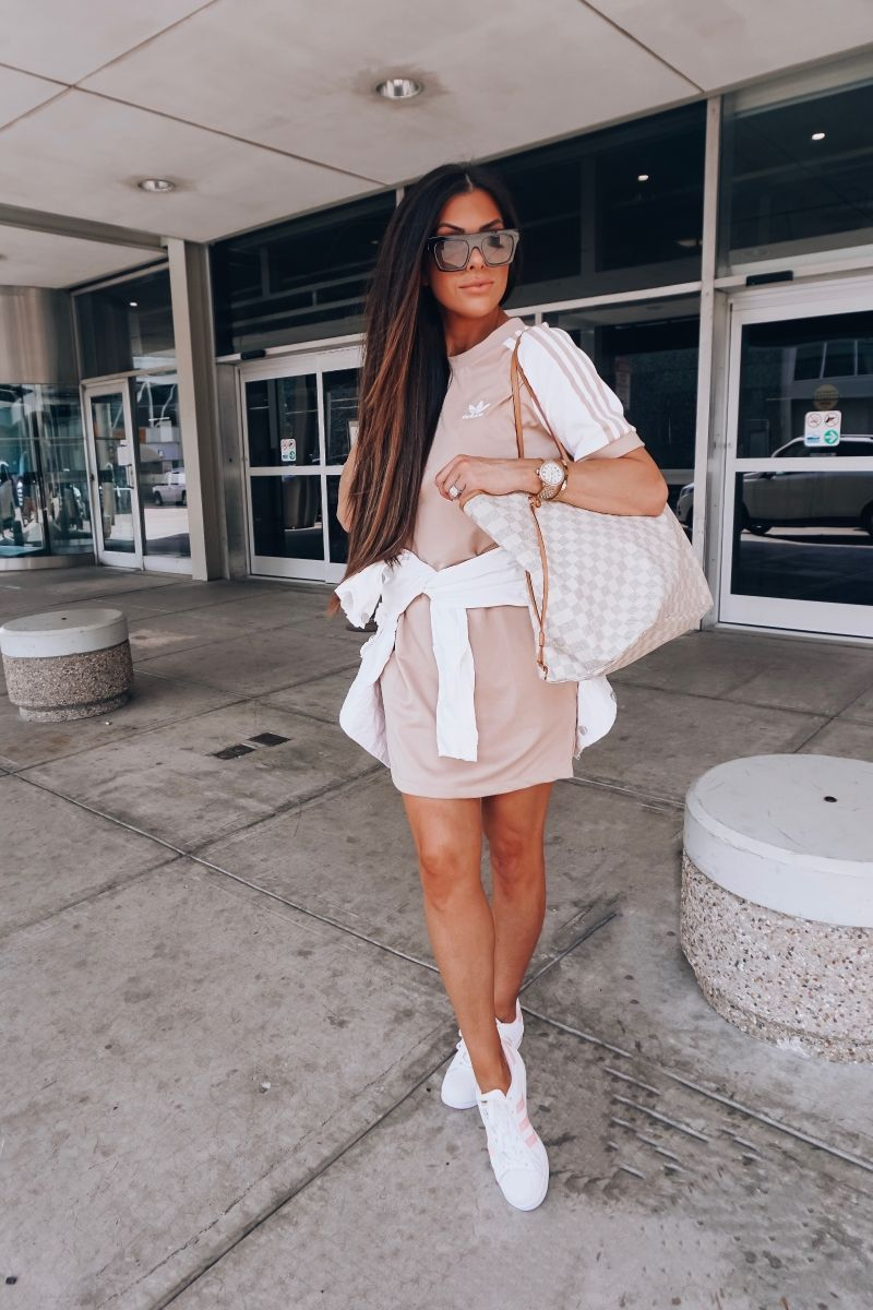 20 Easy To Re-Create Cute Travel Outfits