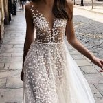24 Summer Wedding Dresses To Make Your Celebration Great