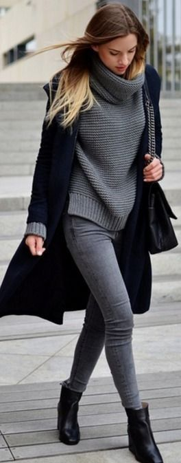 25 Oversized Sweaters for Chic Winter Style