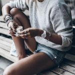 30+ Awesome Outfit Ideas On How To Wear Sweaters - #awesome #Ideas #outfit #Swea...