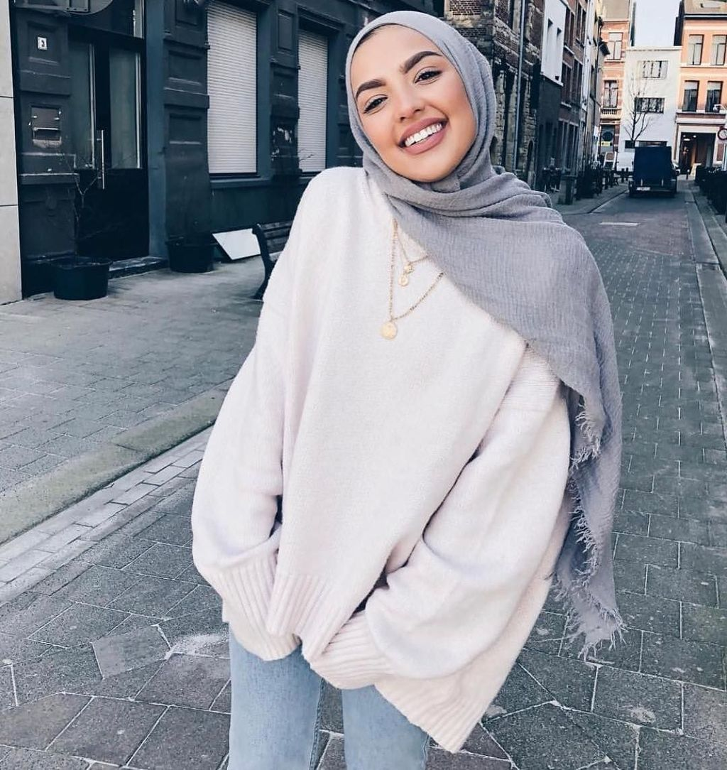 36 Lovely Hijab Accessories That Make You Beautiful – 40FASHIONTREND