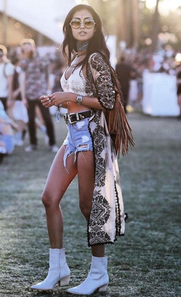 45 Trending Coachella Outfits Ideas to Steal Right Now