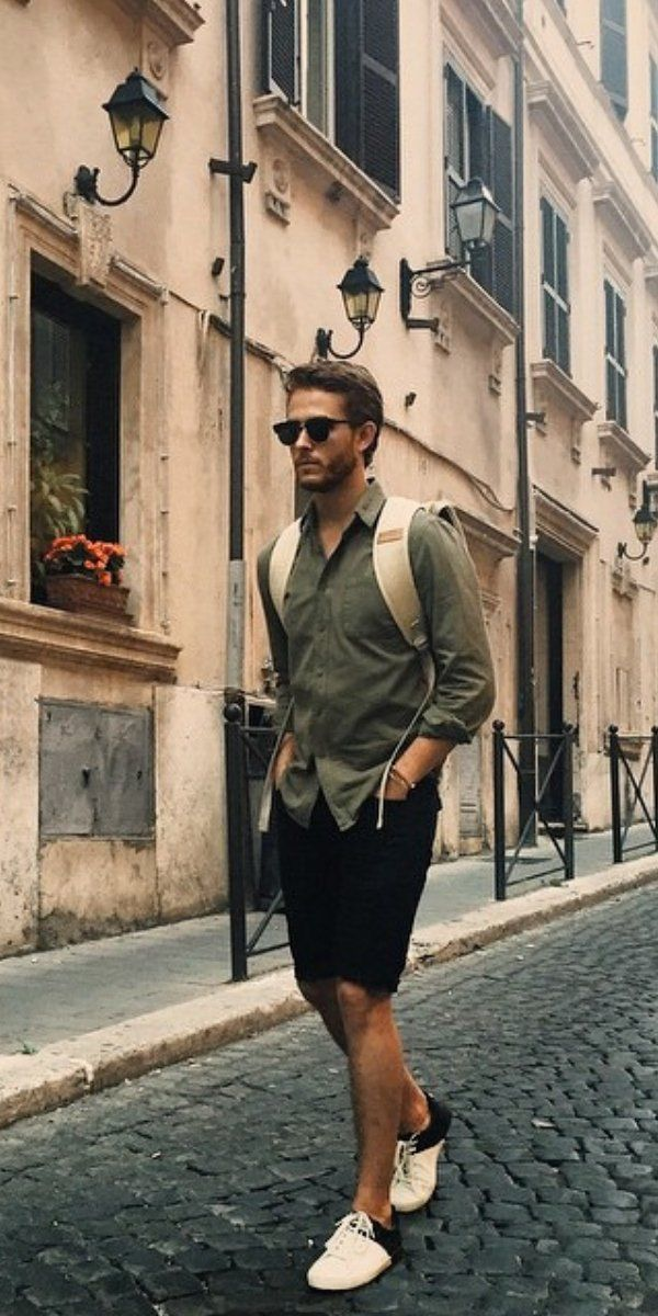 5 Easy Summer Travel Outfits For Men