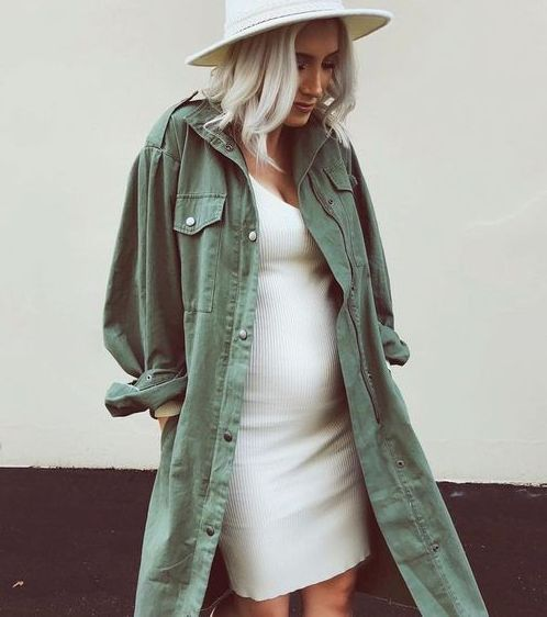 50+ Comfy and Stylish Maternity Outfits Street Style Looks