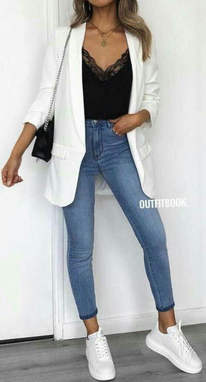 6 looks incríveis com blazer branco #ootd Look calça jeans skinny, blusa preta…