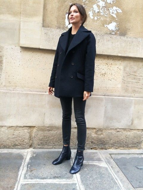 A navy blue pea coat and black skinny jeans feel perfectly suited for weekend ac…