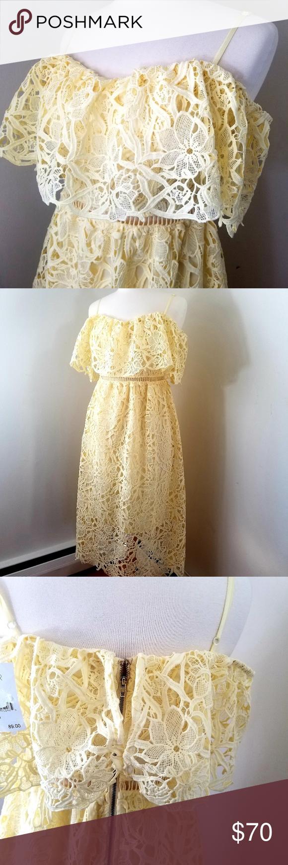 ASTR lace dress NWT New feminine and flirty ASTR the label peekaboo lace dress f…