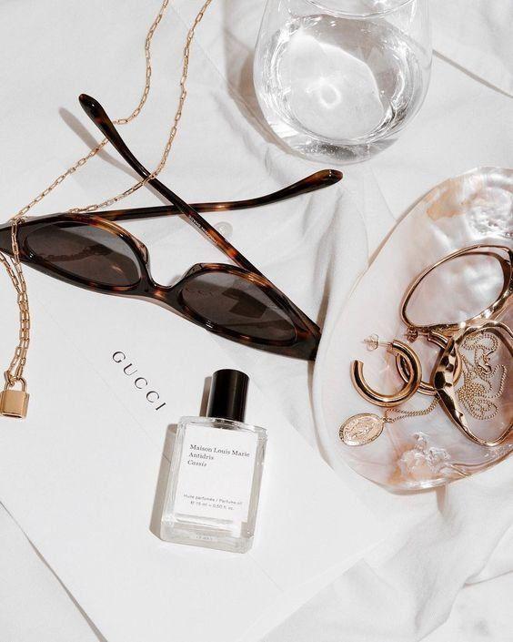Accessoires | Sunglasses | Retro sunglasses | Gold jewellery | Gold earrings | P…, #accesso…