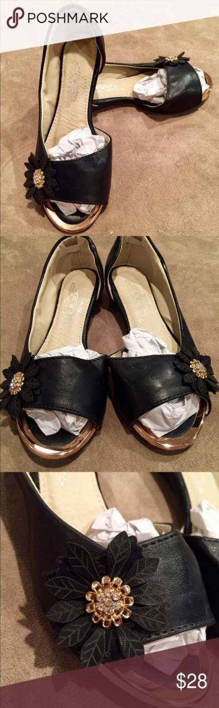 Best wedding church outfit shoes ideas #churchoutfitfall Best wedding church out…