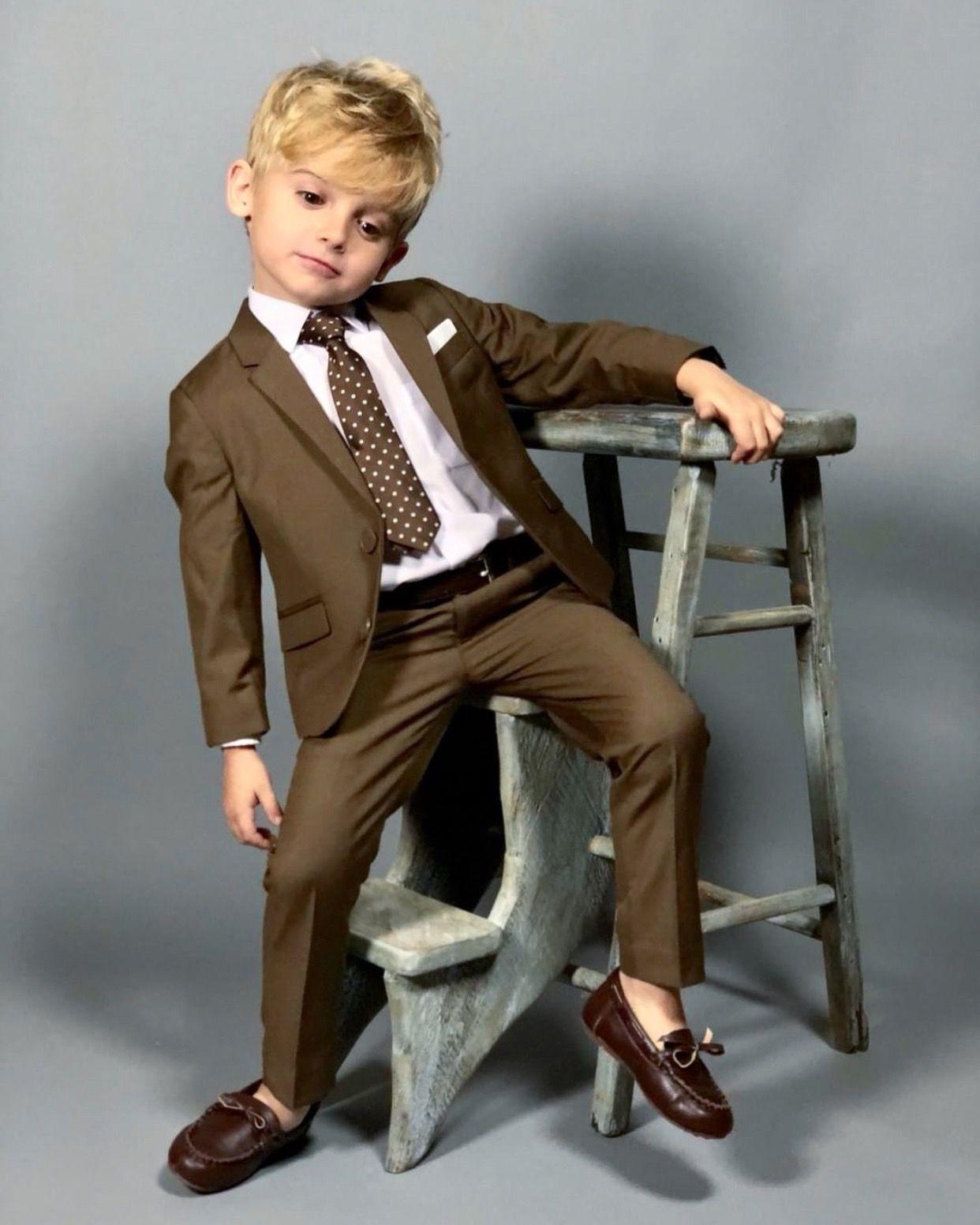 Black n Bianco Boys' First Class Slim Suit in Brown